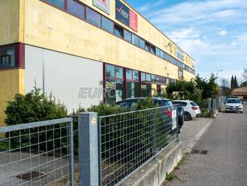 Commercial Warehouse For Sale